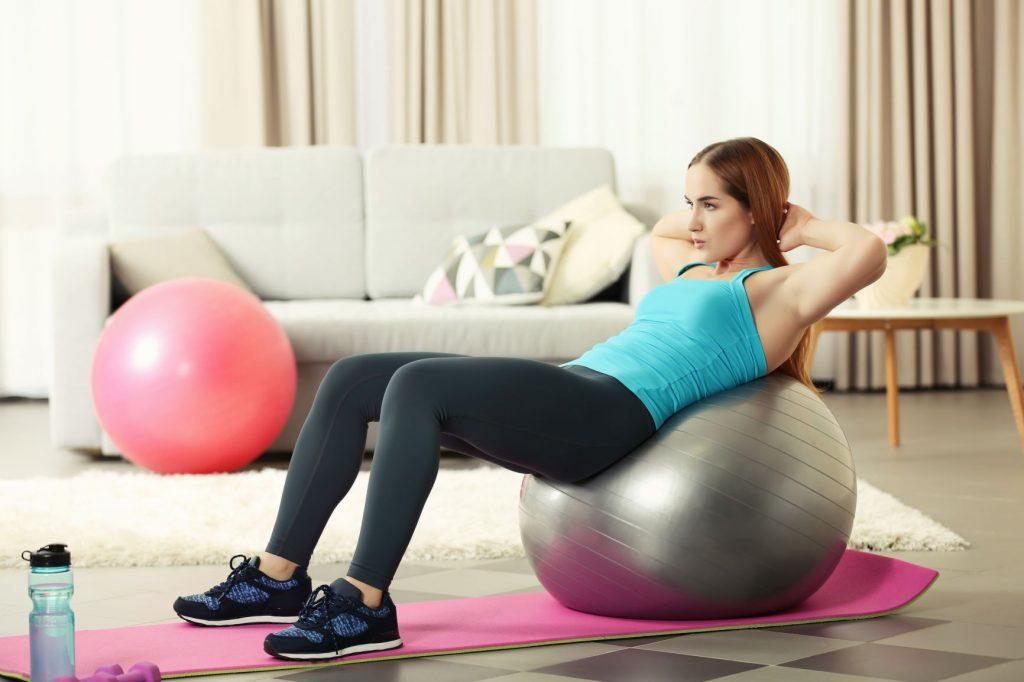 Kodune treening võimlemispallil