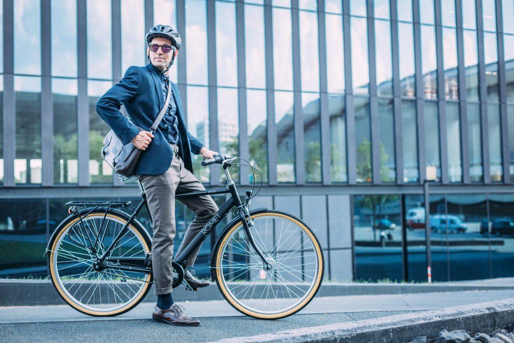Jalgratas linnas liiklemiseks