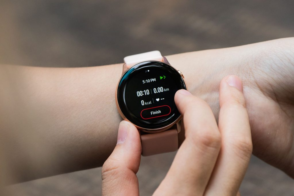 Smart watch for amateur athlete
