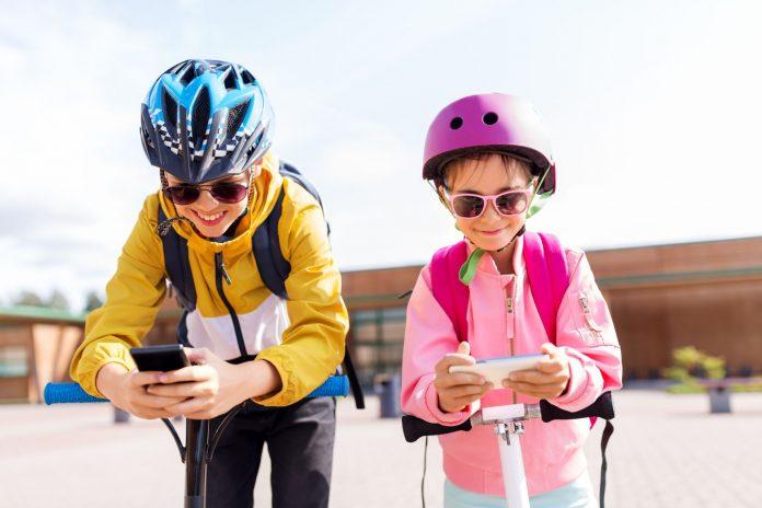 Nutitelefon koolilapsele